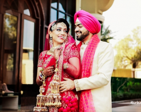 CANDID-MONENTS-COUPLE-AT-WEDDING-SIRSA-LUDHIANA