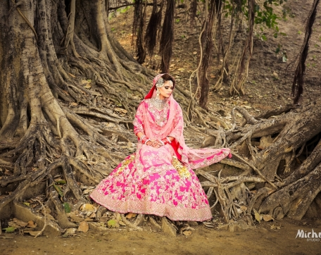 OUTDOOR-BRIDE-SOLO-SHOT-AT-MOGA-PUNJAB-WEDDING-PHOTOGRAPHY